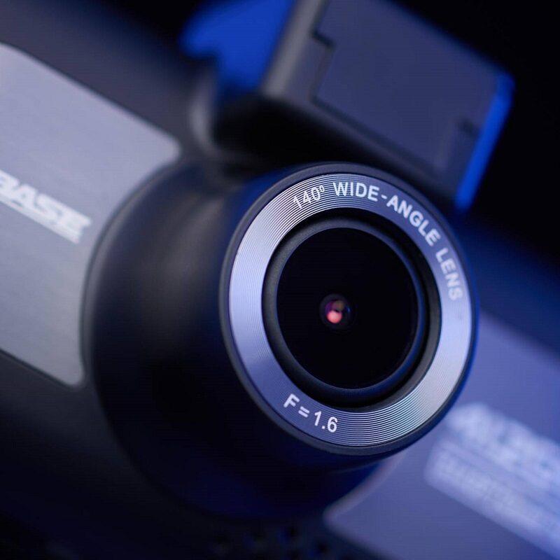 Autokamera so širokým uhlom snímania